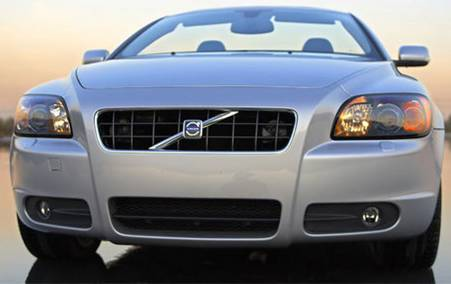 2007 Volvo C70 Review and Pictures